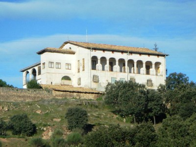Casa Masia de Cal Riera